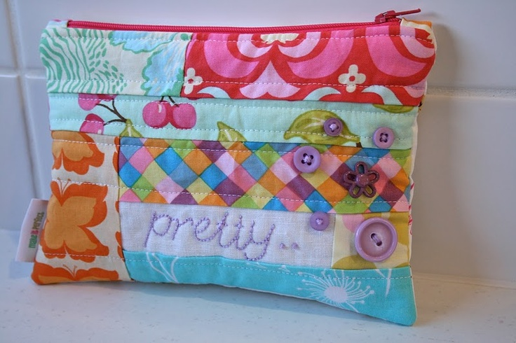 pretty zippered pouch tutorial