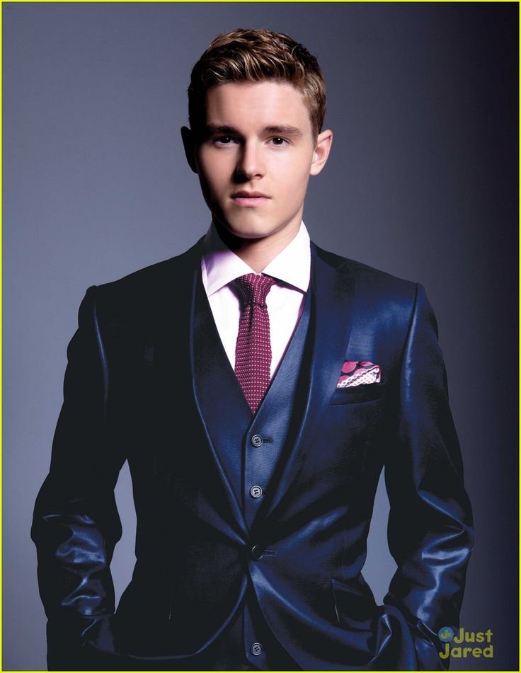 Callan McAuliffe -- I loved him in Flipped and I Am Number Four