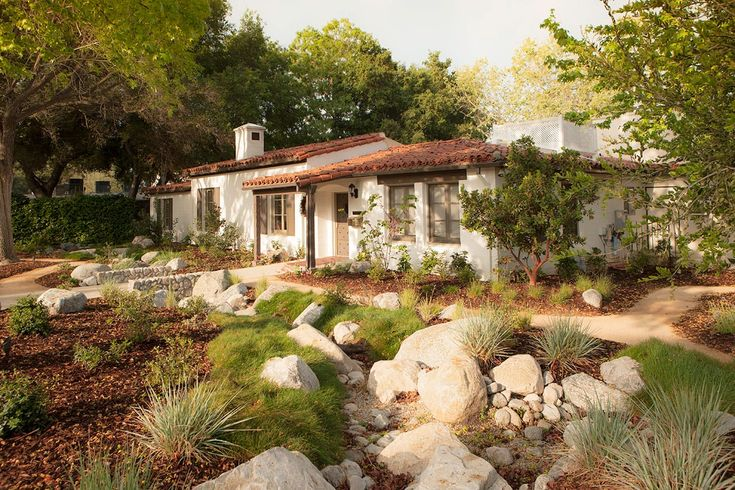 Garden 31 in La Cañada Flintridge | Theodore Payne Native Plant Garden Tour