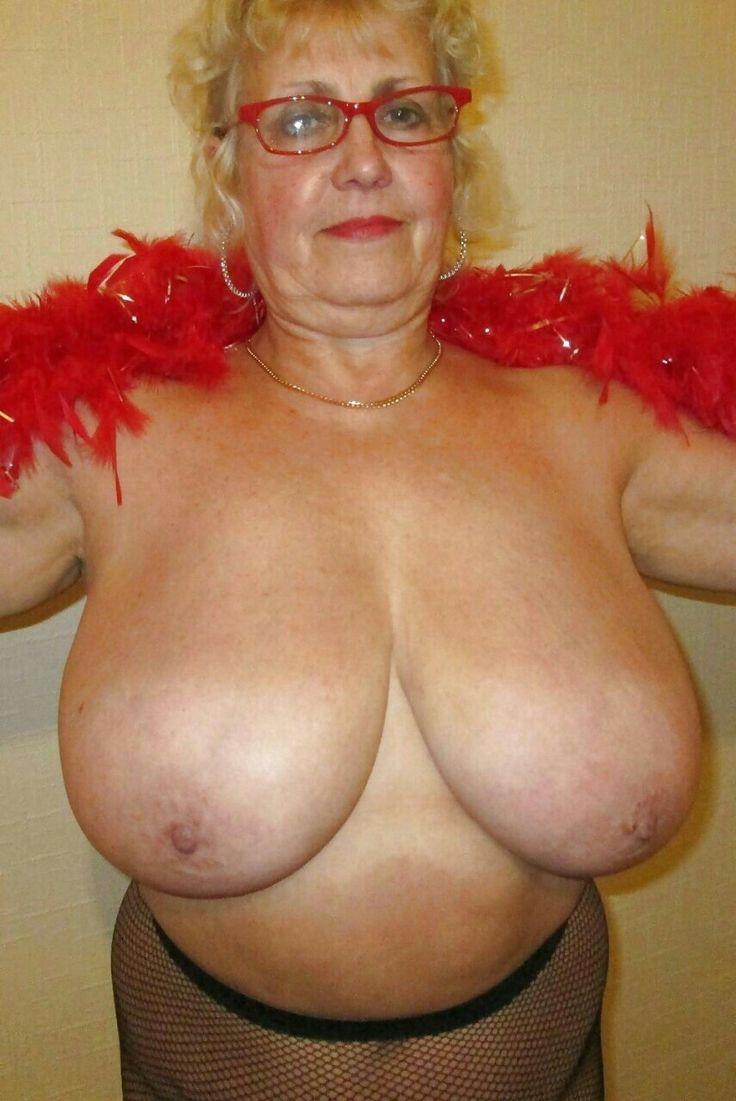 Sexy granny big tits