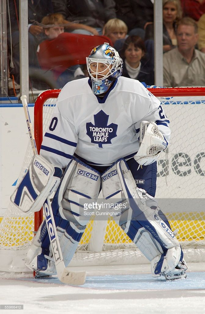 goaltender-ed-belfour-of-the-toronto-maple-leafs-watches-the-puck-picture-id55966412 (671×1024)