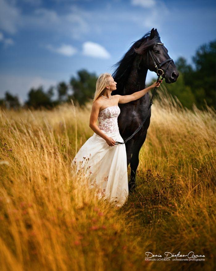 Pferdeshooting Braut & Pferd