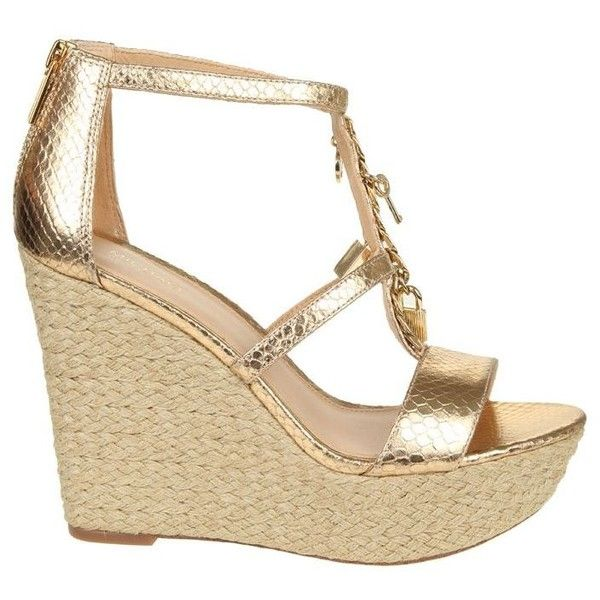 Sandalo Suki Gold Wedge ($165) ❤ liked on Polyvore featuring shoes, sandals, pale gold, womenshoessandals, wedge shoes, michael kors shoes, gold wedges shoes, gold chain sandals and black wedge heel sandals