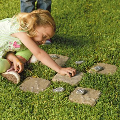 Good for small yards!: Party Games, Tic Tac Toe, For Kids, Tac Stones, Plays, Backyard, Families Fun, Outdoor Games, Crafts