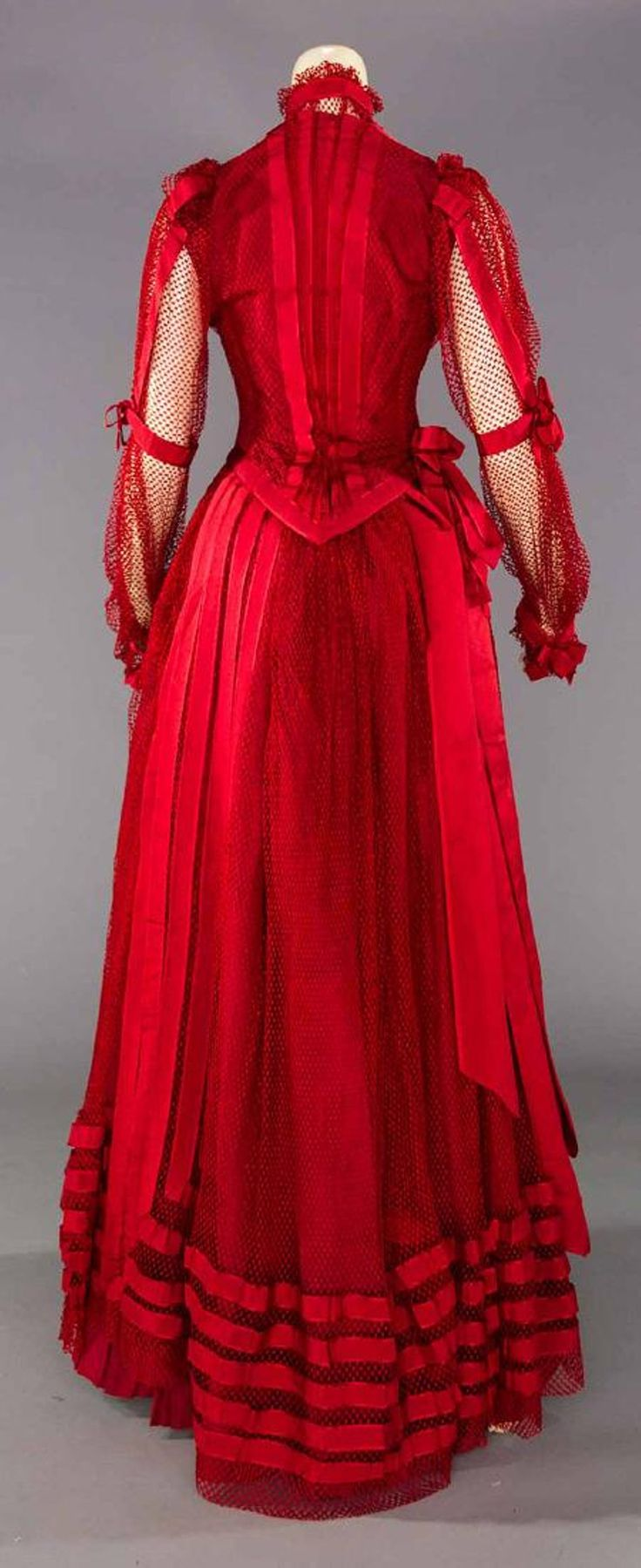 BLOOD RED PARTY GOWN, PITTSBURG, PA. c. 1890 - 4