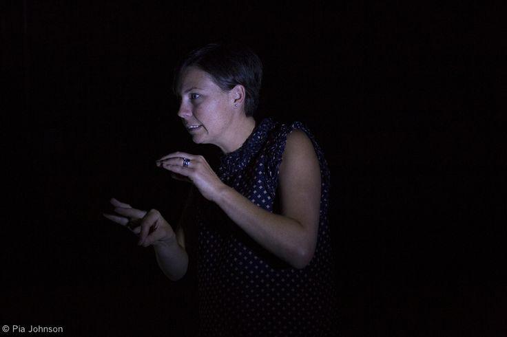 Auslan Interpreting the show