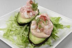 Avokadoer med rejer eller kaviar
