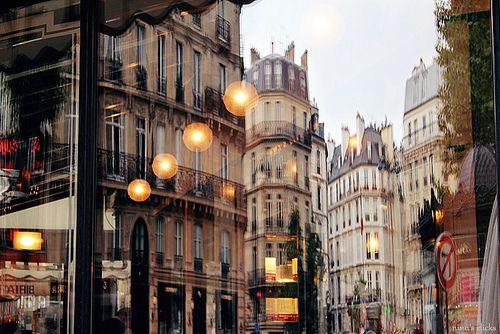 : Paris, Trav'Lin Lights, Memorial Shops, Creative Photography, Cities Life, France, Places, Cities View, Street Lights