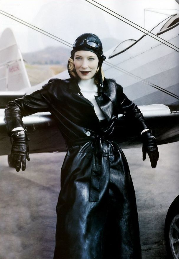 Cate Blanchett for Vogue, December 2004  Photographed by Annie Leibovitz