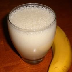 EGG SMOOTHIE, Banana Smoothie II: 1 banana, 1 cup cold milk, 1 egg, 1 tbsp wheat germ, 1 tbsp honey, 1 tsp vanilla extract, 1/4 tsp ground nutmeg