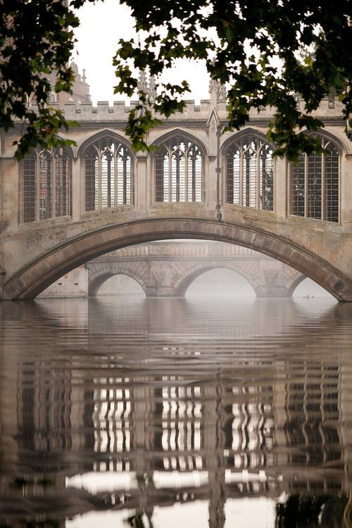 Bridge of Sighs, Cambridge University, UK