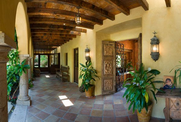 213 best spanish style images on pinterest spanish for Mexican ranch style homes