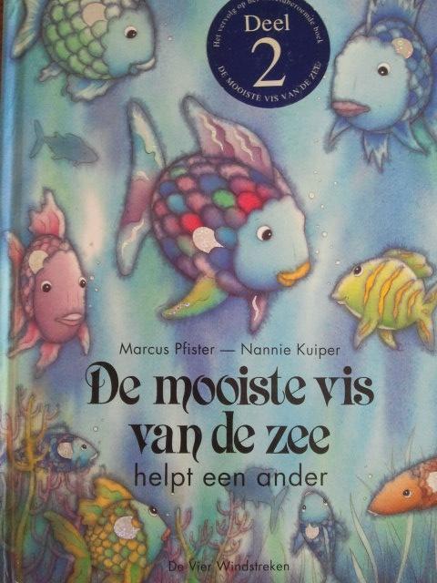 prentenboek: de mooiste vis van de zee helpt een ander.