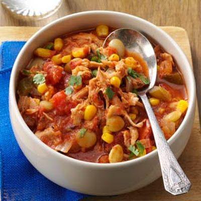 Southwestern Chicken & Lima Bean Stew @keyingredient #chicken #slowcooker #tomatoes