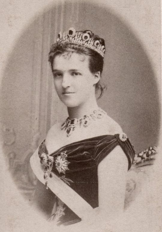 Queen Amelie of Portugal , neé Princesse d´Orleans. Early 1890s.