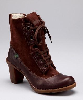 El Naturalista boots from Spain