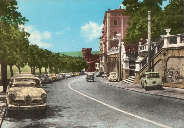 Perugia, Italy - 60s Postcard (view from viale dell'Indipendenza)