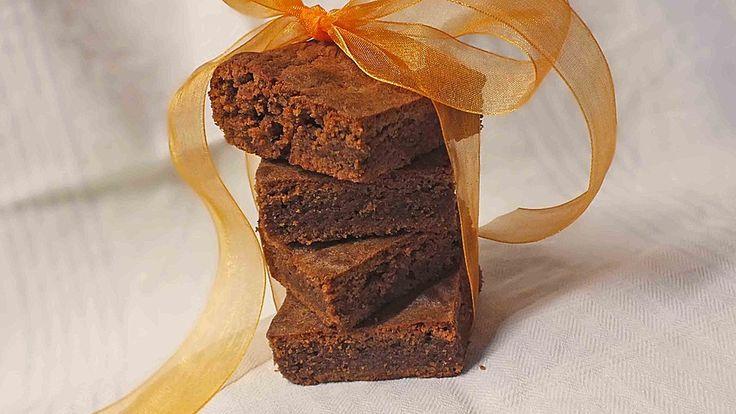 Marzipan - Brownies, ein tolles Rezept aus der Kategorie Kuchen. Bewertungen: 82. Durchschnitt: Ø 4,4.