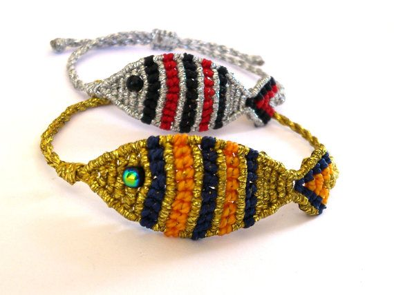 Macrame Fish Bracelet/ Friendship Bracelet by MACRANI on Etsy