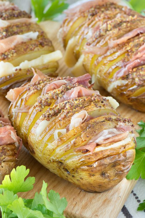 Hasselback potatoes stuffed with Grana Padano cheese Prosciutto  Mein Blog: Alles rund um Genuss & Geschmack  Kochen Backen Braten Vorspeisen Mains & Desserts!