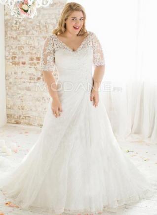 Robe de mariée grande taille dentelle col en V