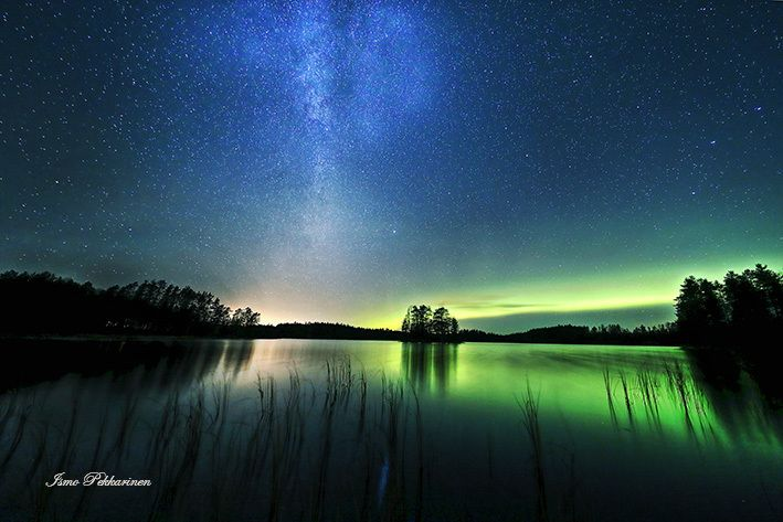 Revontulet ja Linnunrata.Northern light and Milky Way. Photo Ismo Pekkarinen #revontulet #linnunrata #milkyway #auroraborealis #nature #luonto #finland