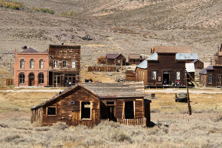 an 1870s ghost gold-mining town you can visit & relive the old west- super cool