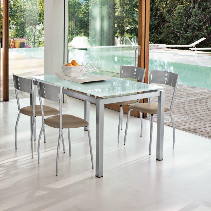 Tavolo fisso, con struttura metallo e piano in vetro temperato bianco. Prodotto Target Point venduto online da arredinitaly.