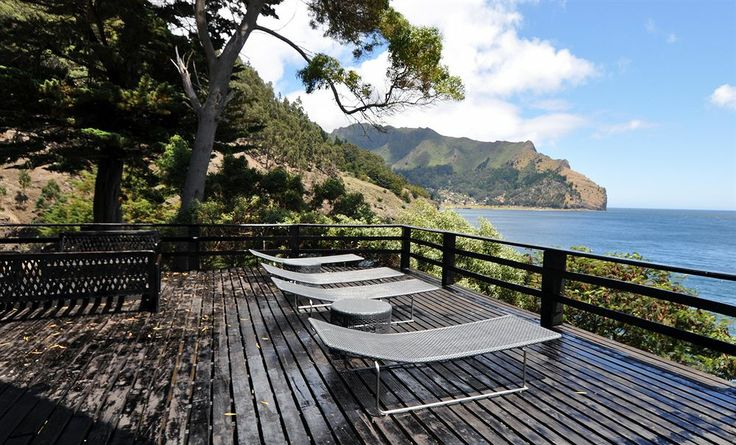 hotel juan fernández, isla robinson crusoe, bahia pangal