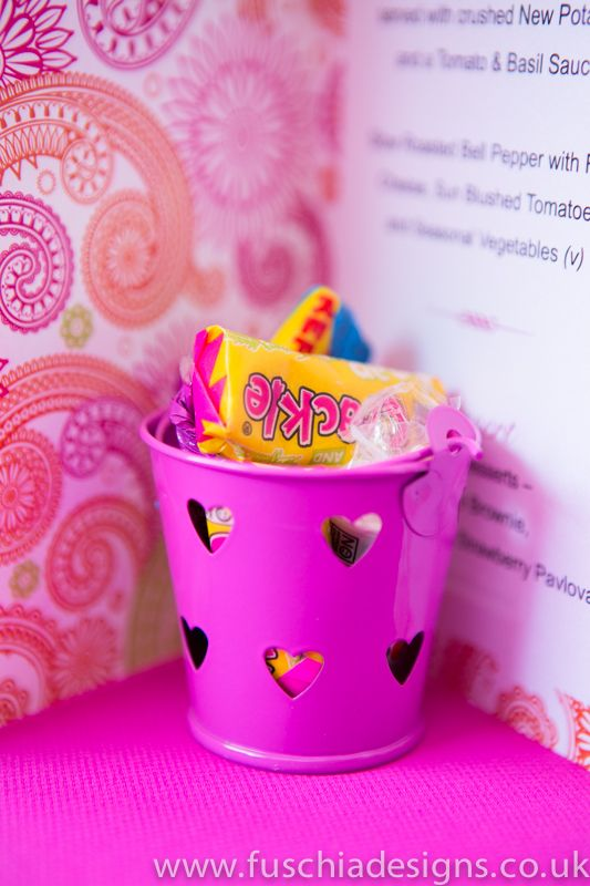 Fuschia pink favour pails these are great for Asian wedding favours.  Fill with sweets for guests to enjoy and they look pretty yummy on your tables do.  Box of 5 £6.99 from www.fuschiadesigns.co.uk