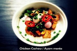 Chicken with cashew combine with special sauce