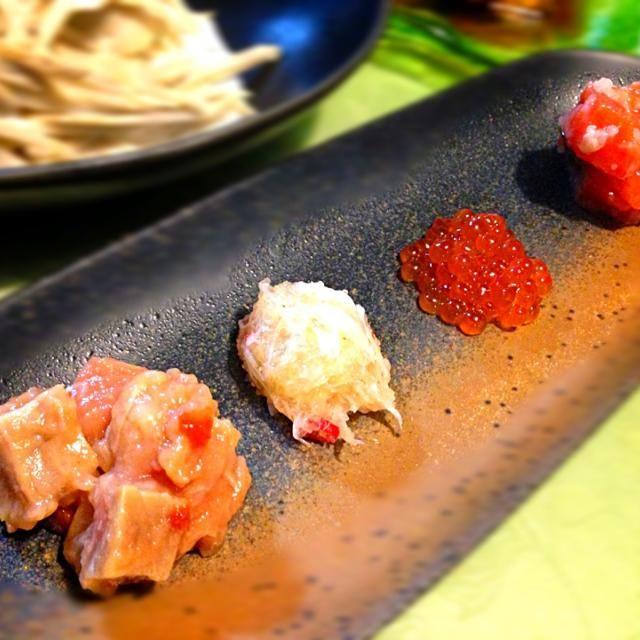 北海道市場で買った いくら、ズワイガニの塩辛、鮭の麹漬け2種❤最高すぎるo(^▽^)o - 10件のもぐもぐ - 北海道珍味のおつまみ❤ by 夏蜜柑