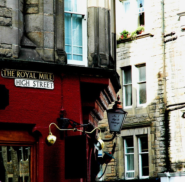 EdinburghActivities Volcano, Royal Miles High, Edinburgh Scotland Royal Mile, Favorite Places, Edinburgh Castles, High Street I, Memories, Beautiful Edinburgh, Miles High Street Edinburgh