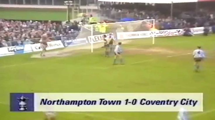 NORTHAMPTON TOWN FC V COVENTRY CITY FC - FA CUP 3RD ROUND 1990 - 1-0 WIN FOR NORTHAMPTON TOWN FC.