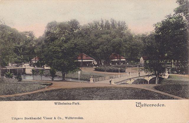 Tempo Doeloe #87 - Batavia, 1910 | scan of an old postcard. … | Flickr