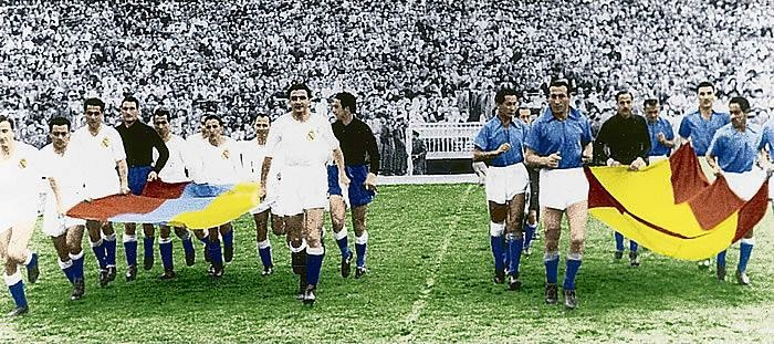 March 1952: Real Madrid celebrates his 50th anniversary playing against Millonarios (with Alfredo Di Estéfano as their player.)