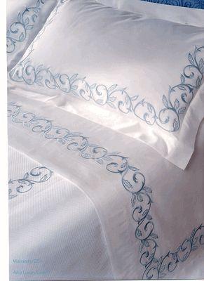 Bordado em lençol, lindo!