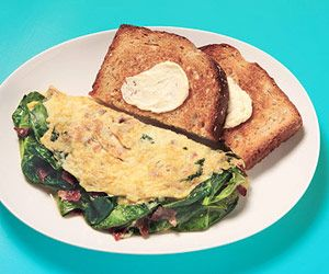 Spinach & Bacon Omelet - Under 300 Calories