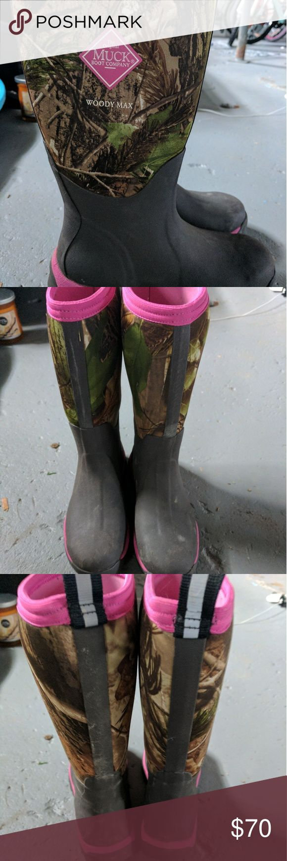 Muck Boot Camo Muck boot barely worn.  Bought for my daughter who wore them twice. Muck Shoes Winter & Rain Boots