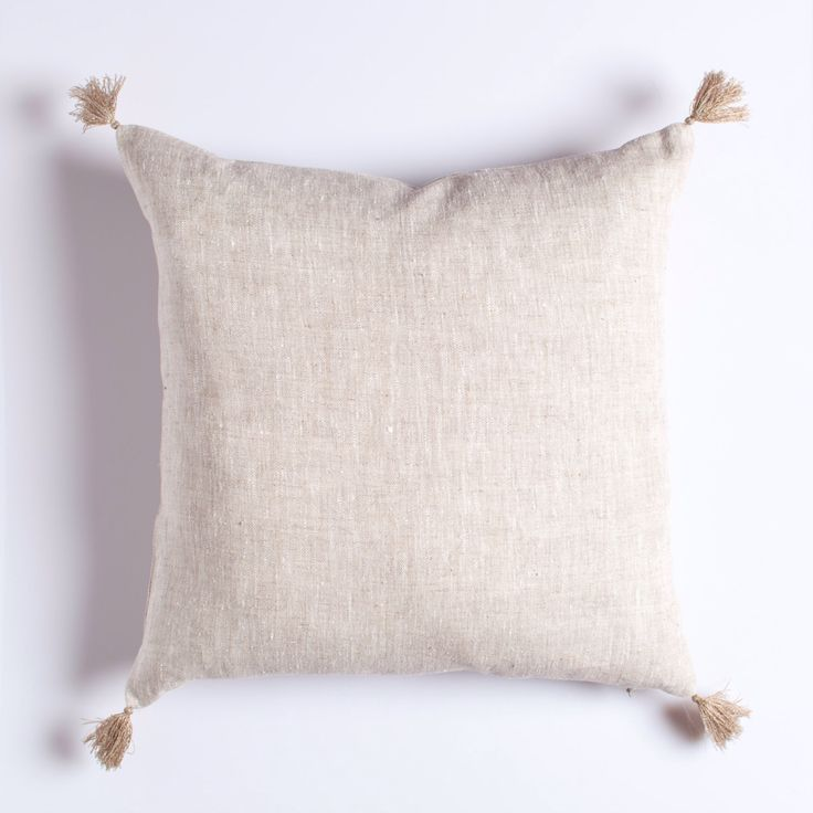 Light natural linen pillow with tassels / decorative linen pillow / natural decoration pillow / linen cushion / stonewashed linen pillow by LUMODECO on Etsy https://www.etsy.com/listing/490592906/light-natural-linen-pillow-with-tassels