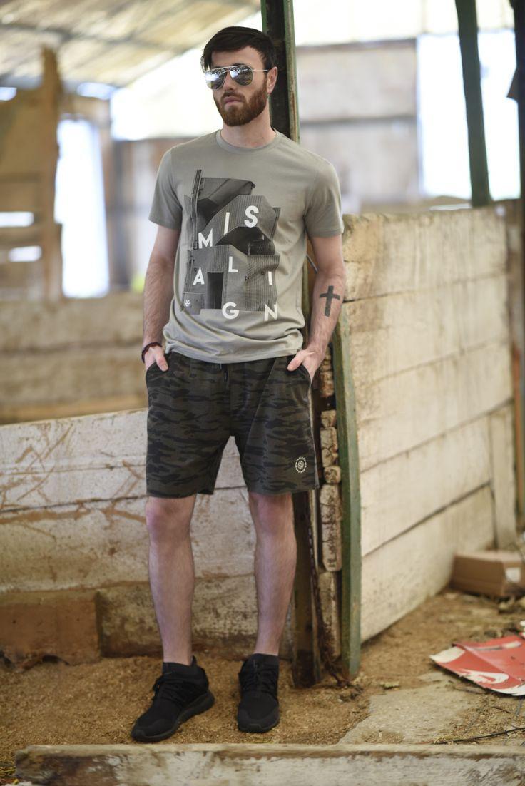 Splendid SS 2018 collection t-shirts and bermuda shorts.