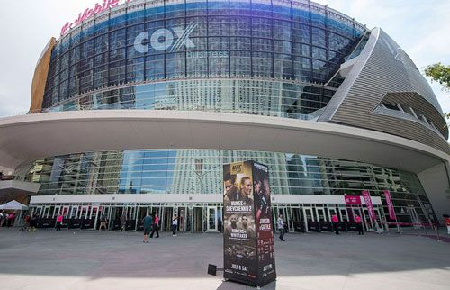 Ultimate Fighting Championship is going back to Las Vegas. The most significant boxing and martial arts fighting in the world is here. Many people who follow this tournament are happy. Already, UFC tickets are circulating.