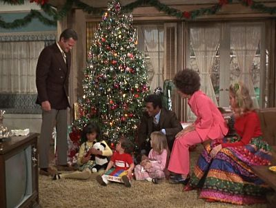 Christmas TV History. 1970 Bewitched Christmas episode.