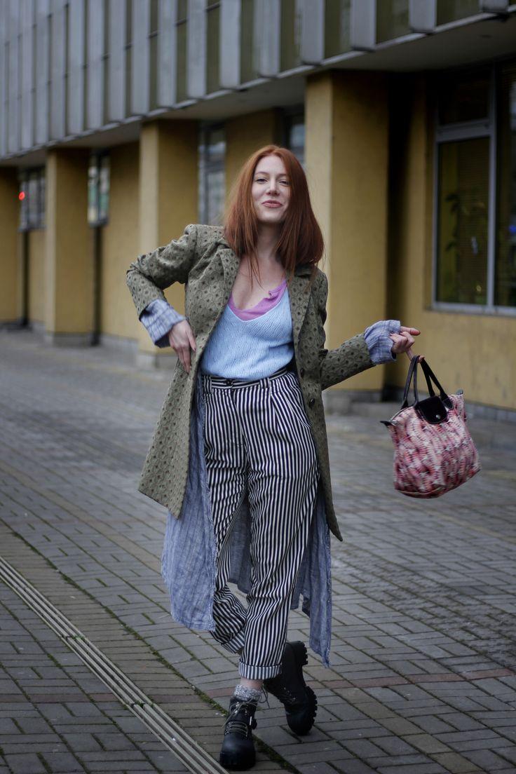 Tshirts/UrbanOutfiters, AmericanAparel Coat, trousers, shoes, kardigan/BuffaloExchange Socks/Madewell Purse/Longchamp