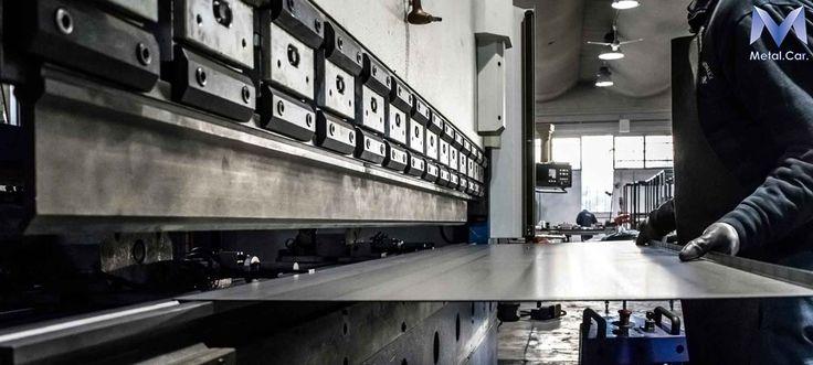 Piegatura Lamiere CNC di Acciaio Inox, Ferro, Alluminio e altre leghe.