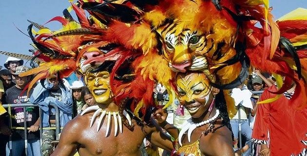"""COLOMBIA   CARNAVAL DE BARRANQUILLA. V, 8 FEB 2013. """"Barranquilla, entre los diez mejores carnavales del mundo"""". (IPITIMES.COM® /FUENTE: EL HERALDO)."""