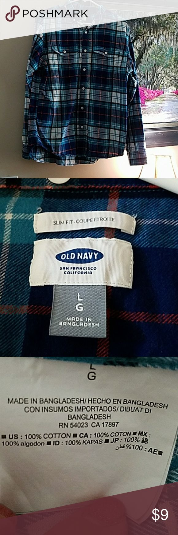 Old Navy longsleeve Men's plaid shirt! Like new! Men's longsleeve plaid shirt in good condition,  like new! Size large and from Old Navy! Old Navy Shirts Casual Button Down Shirts