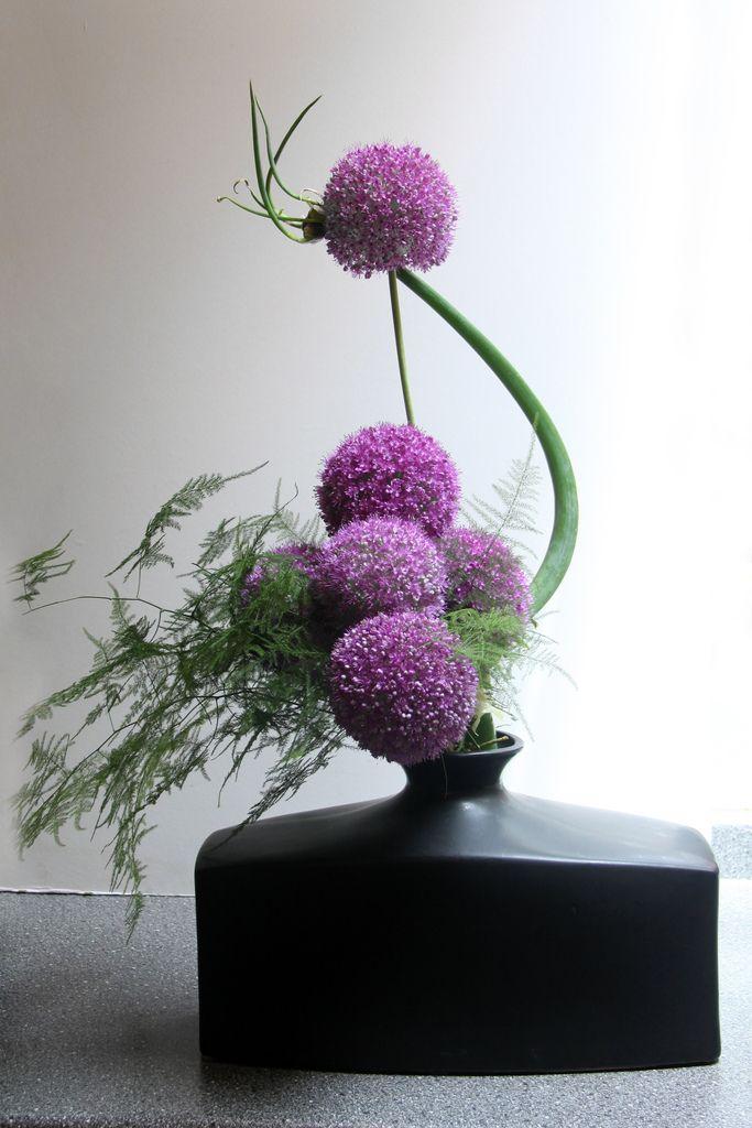 Medium Ikebana - Annie | por Meighan