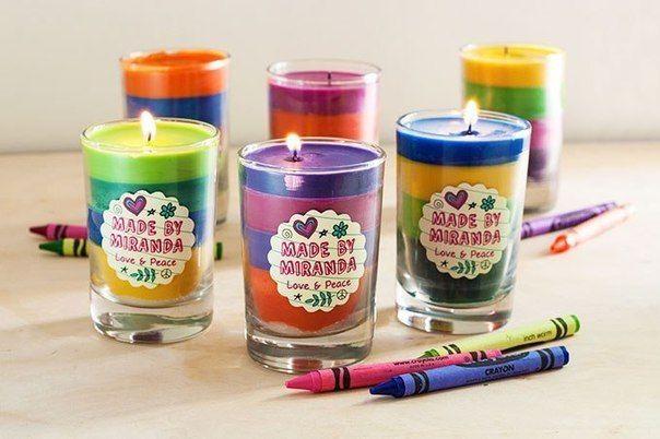 Farbige Kerzen aus Wachs Bleistiften selber machen. Möchten Sie die farbige Kerzen selber machen? Schauen Sie mal wie man es macht!