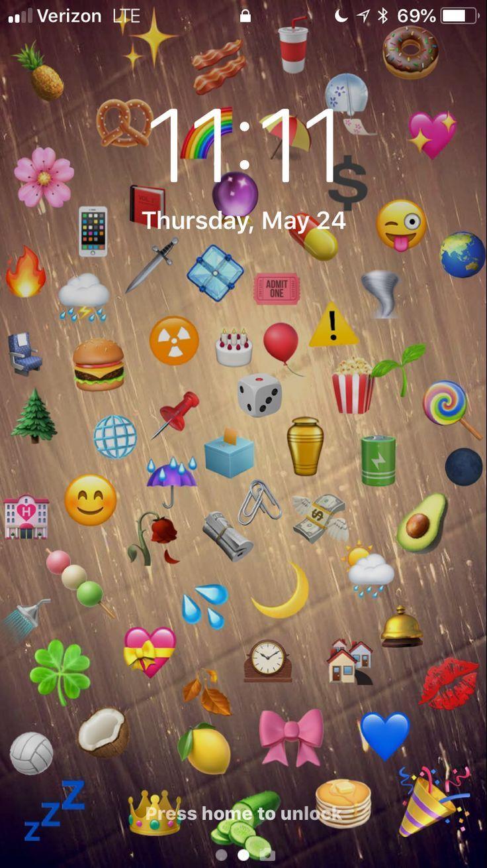 Bist Du Verloren Folgen Sie Uns Saturno Bist Du Folgen Saturno Sie Snapchat Uns Ver Emoji Wallpaper Iphone Iphone Wallpaper Images Iphone Wallpaper